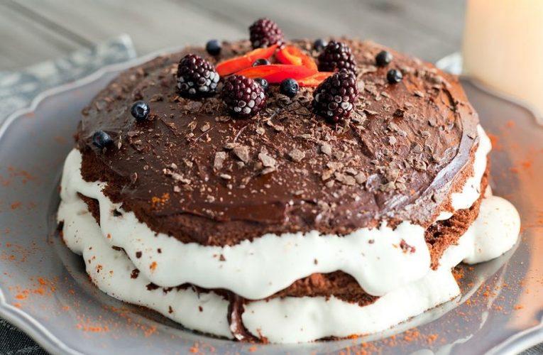 Alırım Bir Dilim: Kakaolu Pasta