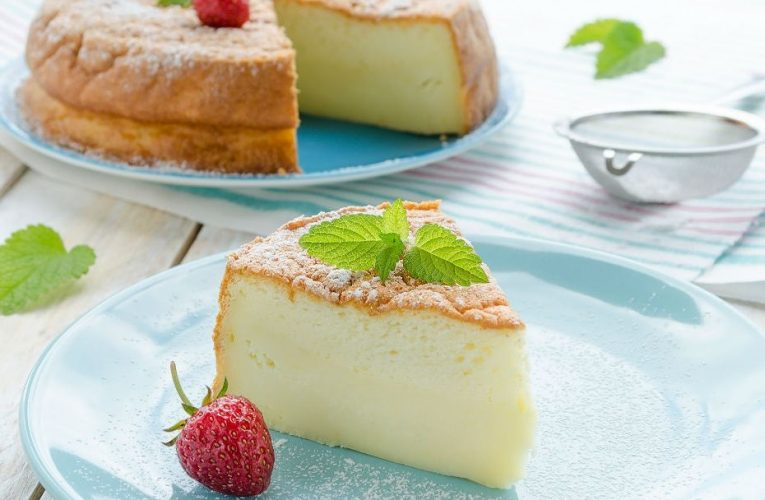 Pamuk Gibi Üç Malzemeli Cheesecake